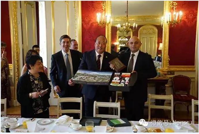 Бранч г-на Ли Цзиньюаня и министра Саджида Джавида фото 2